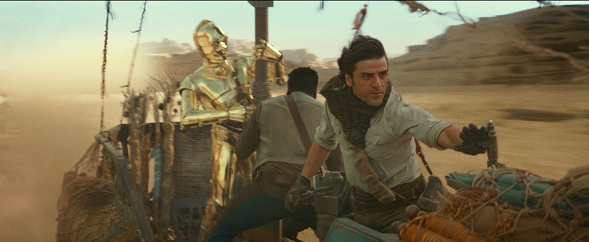 What they built for real and what was CG in 'Rise of Skywalker's' Pasaana speeder chase