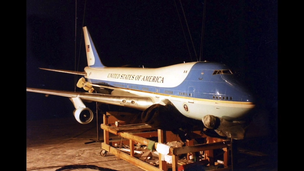 The miniature FX of 'Air Force One'
