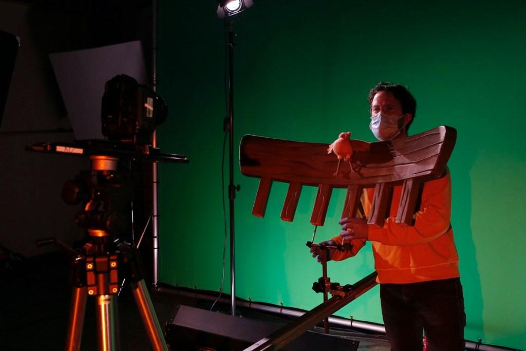 On The Set Pic: Aardman's 'Robin Robin'